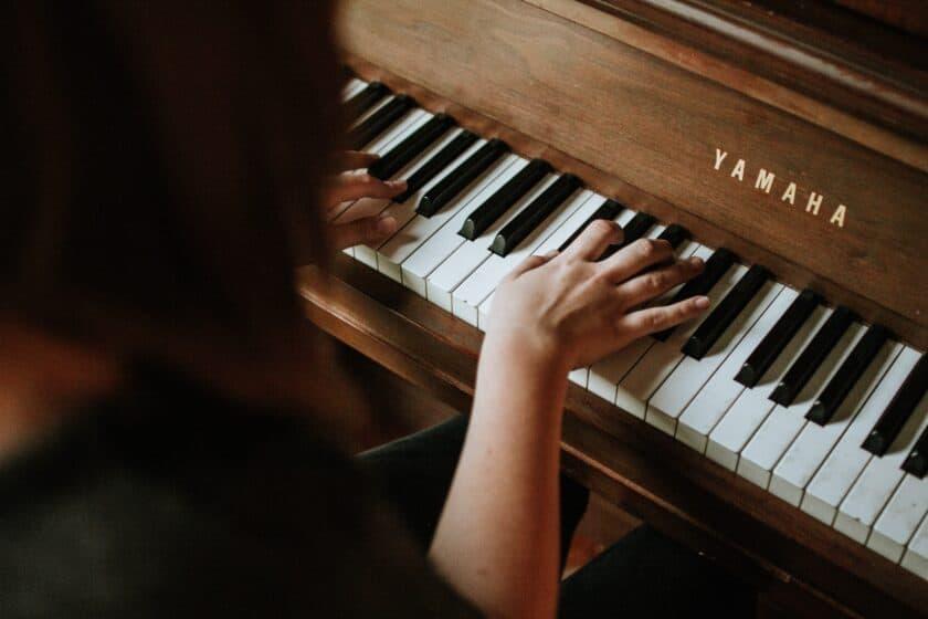 good keyboard songs for singers